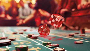 Table Games: Cards & Dice | Ameristar Council Bluffs Casino